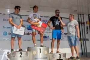 Fjorårsvinner Stian Johnsen Nordvik (fra venstre) ble nummer to i årets utgave av løpet, bak sherpavinner Sondre Handeland. Thomas Alsgaard endte på tredjeplass. Foto: Rune Håheimsnes.